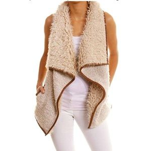 NWT Tanming faux fur vest